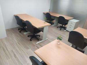 小型商務辦公室近世貿中心,交通便利,老闆賺錢利器