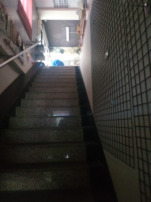 大台北東湖三角窗超大廣告面寬二樓大住辦